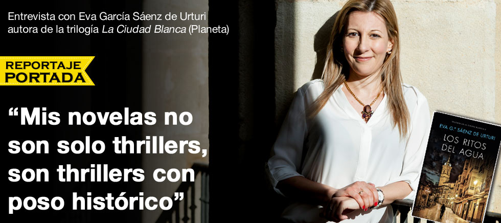Entrevista a Eva García Sáenz de Urturi thumbnail
