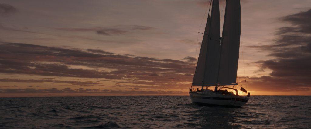 'A la deriva':  Amor en la catástrofe post image
