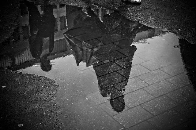 Tiempos negros con edición de Ernesto Mallo post image