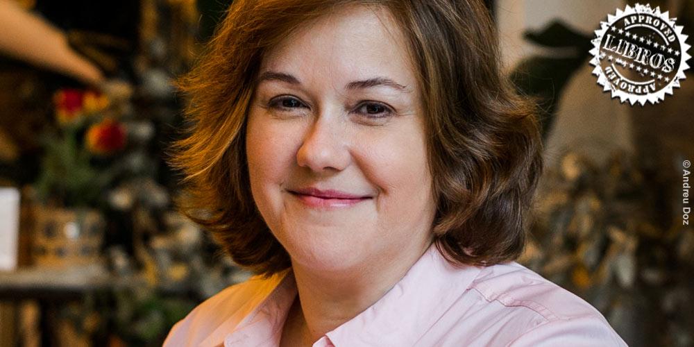 Entrevista a Claudia Casanova, autora de 'Historia de una Flor' post image