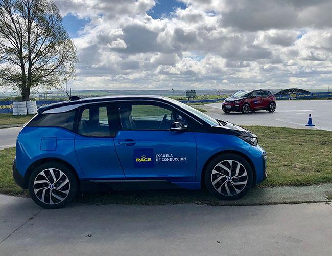 El BMW i3, protagonista en la presentación del primer curso permanente de vehículos eléctricos