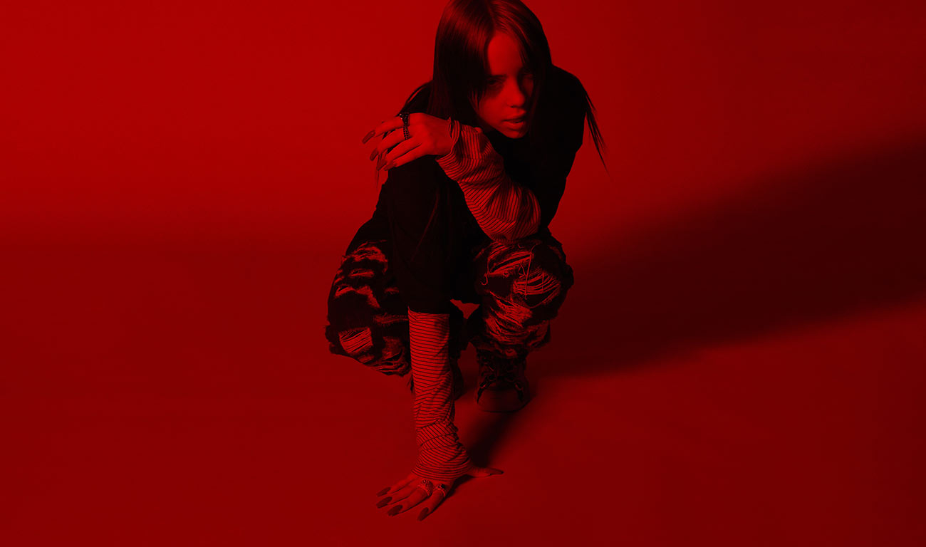Billie Eilish presentó el tema oficial de la última de James Bond