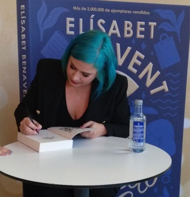 'Un cuento perfecto' de Elisabet Benavent